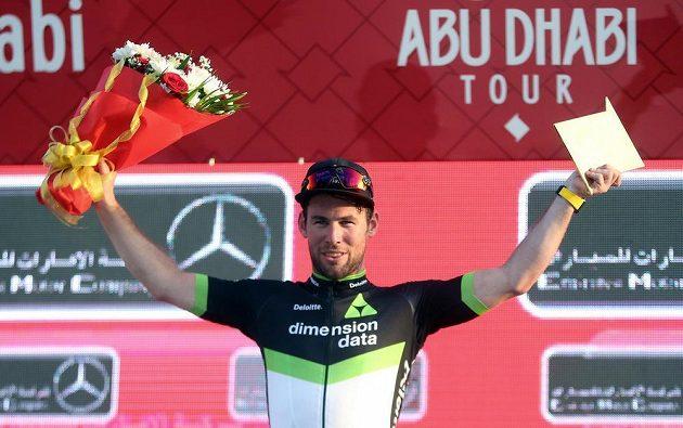 Brit Mark Cavendish po triumfu v úvodní etapě v Abú Zabí.