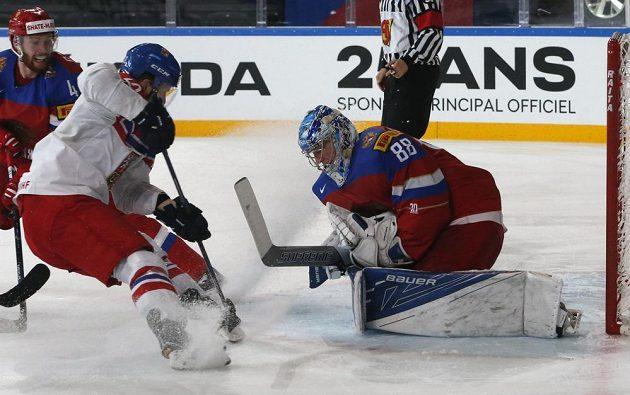Recept na překonání ruského brankáře Andreje Vasilevského čeští hokejisté ve čtvrtfinále MS nenalezli.