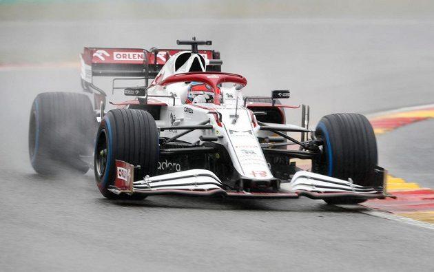 Kimi Räikkönen na trati.