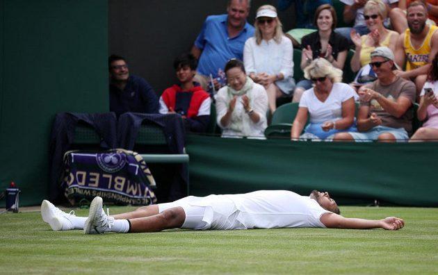 Australský tenisový bouřlivák Nick Kyrgios během Wimbledonu.