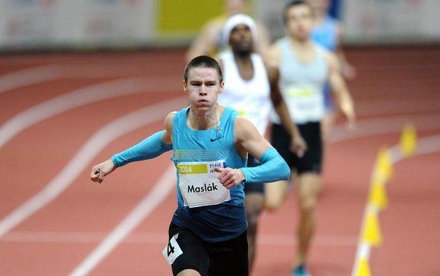 Běžec Pavel Maslák se postaral na mezinárodním halovém mítinku v Praze na netradiční trati 500 metrů o nejlepší evropský čas.