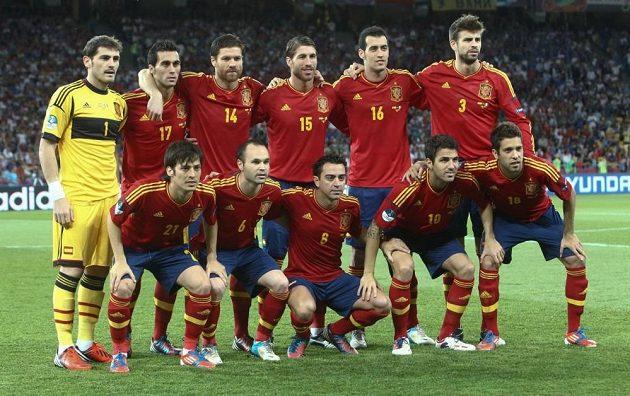 Zlaté medaile budou v zemi Kanárků obhajovat reprezentanti Španělska.