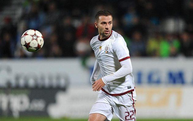 Záložník pražské Sparty Josef Hušbauer v utkání proti Olomouci.