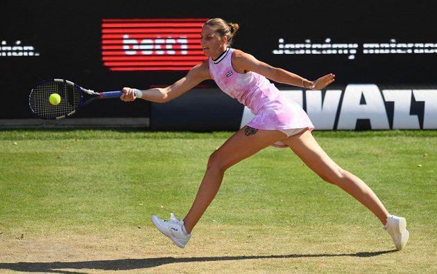 Karolína Plíšková při zápase s Jessicou Pegulaovou z USA.