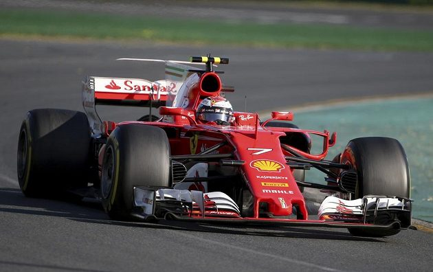 Kimi Räikkönen během závodu v Melbourne ve VC Austrálie.