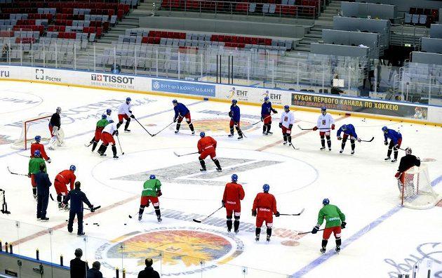 Trénink české reprezentace před utkáním se Švédskem v hale Bolšoj v Soči.