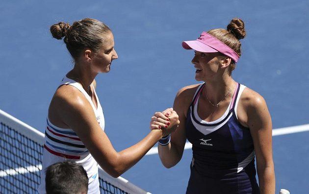 Hotovo! České derby v prvním kole tenisového US Open vyhrála Karolína Plíšková. Poražená Tereza Martincová jí ale vzdorovala statečně.