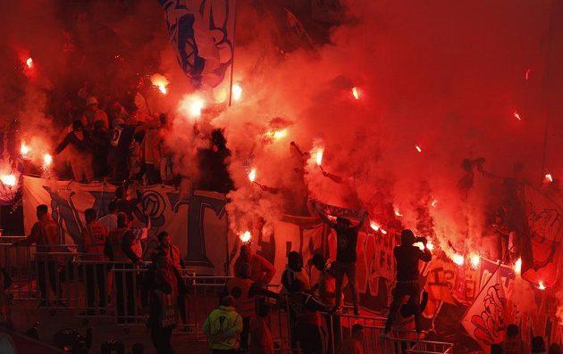 Fanoušci před začátkem finále EL Marseille - Atlético Madrid.