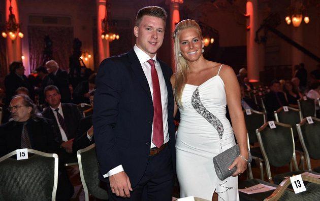 Hokejista Ondřej Palát s partnerkou v Grandhotelu Pupp v Karlových Varech.