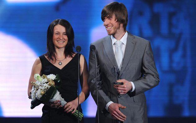 Biatlonistké Veronika Vítková (vlevo) a Jaroslav Soukup.