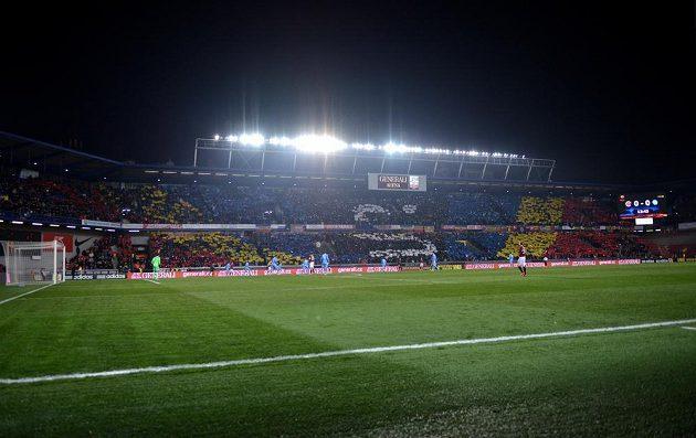 Choreo fanoušků Sparty Praha během utkání s Neapolí.