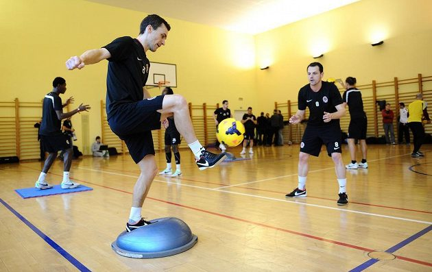 Fotbalisté Sparty Praha David Lafata (vlevo) a Marek Matějovský během tréninku v rámci kondičního soustředění v Třeboni.