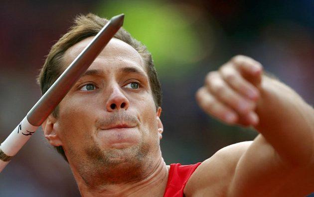 Oštěpař Vítězslav Veselý poslal v kvalifikaci svůj oštěp do vzdálenosti osmdesáti metrů, což na účast ve finále stačilo.