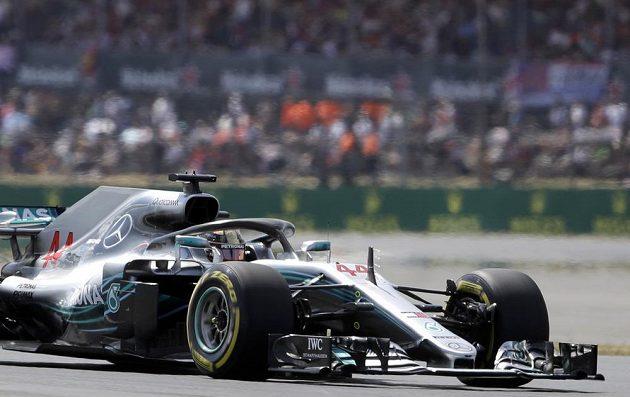 Brit Lewis Hamilton při kvalifikaci (ilustrační foto)