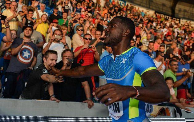 Vítěz sprintu na 100 metrů Justin Gatlin ze Spojených států amerických.