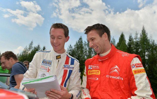 Petr Koukal se Sebem Marshallem, navigátorem australské závodnice Molly Taylorové při Barum rallye 2013.