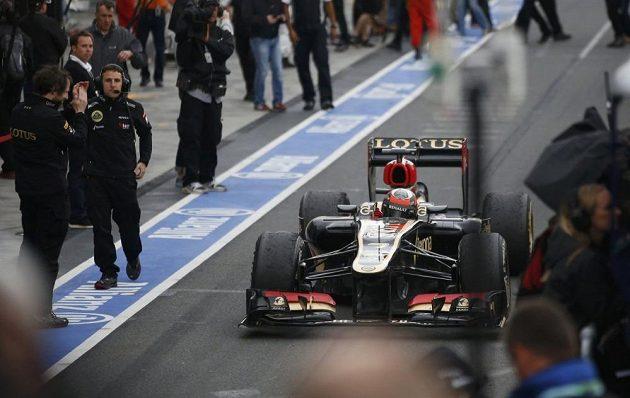 Räikkönenovo decentní vítězné gesto po úspěchu v australském Melbourne.