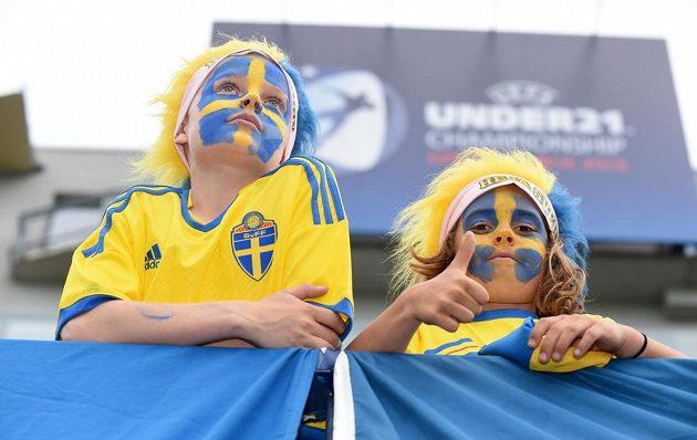 Švédští fanoušci sledují v Olomouci duel s Itálií.