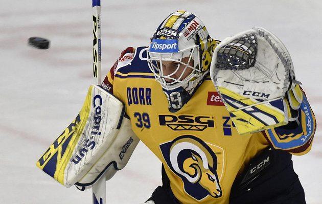 Brankář hokejového Zlína Libor Kašík.