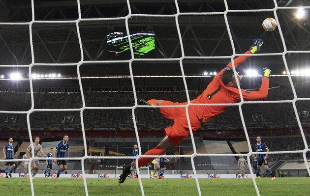 Na brankáře Interu Milán Samira Handanoviče si střelci Šachtaru Doněck nepřišli.