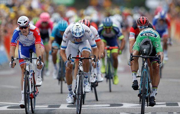 Králem spurtů na Tour de France je slovenský rychlík Peter Sagan. Potvrdil to i ve 13. etapě, kdy porazil v závěrečných metrech Nora Alexandra Kristoffa.