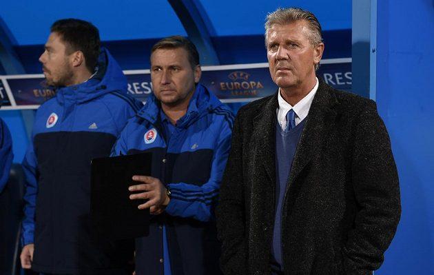 Jozef Chovanec (vpravo) a jeho asistent Horst Siegl během utkání základní skupiny Evropské ligy se Spartou.