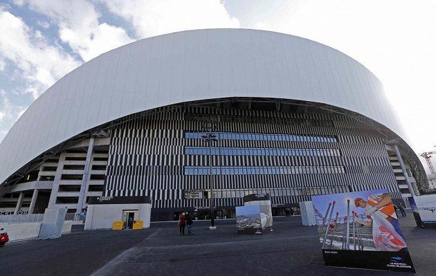 Pohled na Stade Vélodrome v Marseille zvenčí.