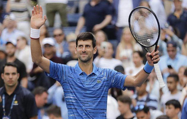 Srbský tenista Novak Djokovič neměl v prvním kole US Open problém. Vyhrál ve třech setech.