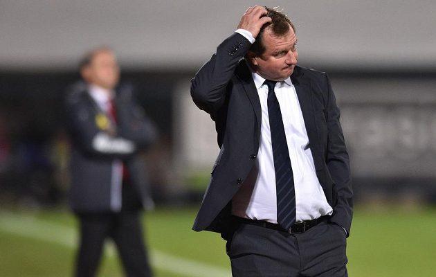 Pavel Vrba sice říkal, že s hrou reprezentace je do jisté míry spokojen, ale při zápase dával najevo rozpaky.