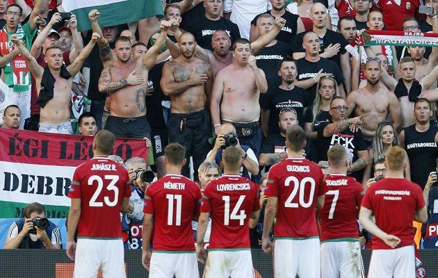 Fanoušci Maďarska mohou být na své fotbalisty hrdí.