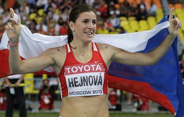Zuzana Hejnová slaví svůj životní triumf na MS v Moskvě.
