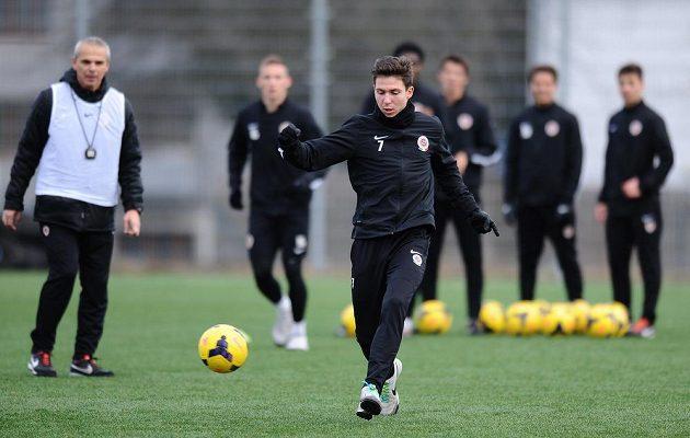 Záložník Sparty Praha Tomáš Přikryl během dopoledního tréninku v rámci kondičního soustředění v Třeboni.