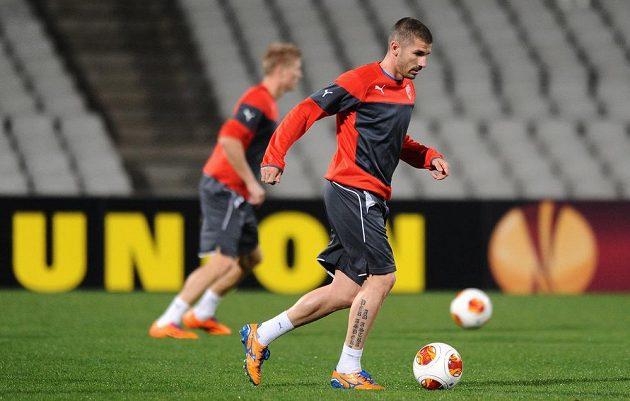 S fotbalisty Viktorie Plzeň trénoval v Lyonu i Jan Rezek (vpředu).