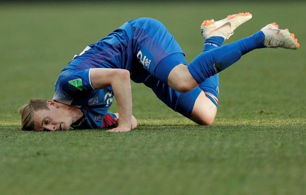 V nefotbalové pozici se ocitl islandský útočník Jón Dadi Bódvarsson.