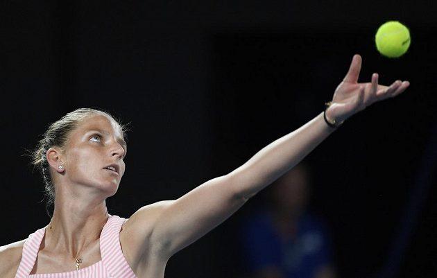 Karolína Plíškova v semifinále Australian Open s Japankou Naomi Ósakaovou.
