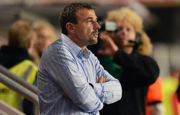Trenér Michal Petrouš po debaklu Slavie s Mladou Boleslaví rezignoval.