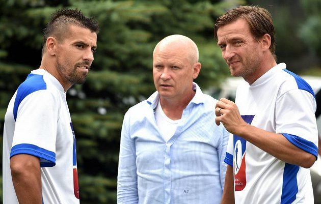 Milan Baroš, Ivan Hašek a Vladimír Šmicer během kempu ČAFH hráčů.