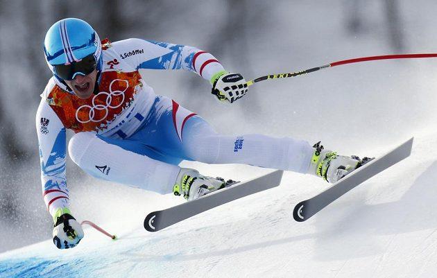 Rakušan Matthias Mayer na trati olympijského sjezdu.