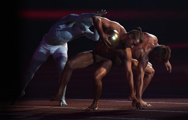 Jedna ze scén zahájení halového mistrovství v atletice v Praze.