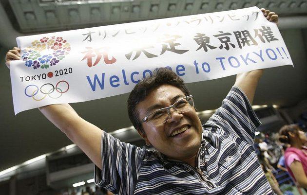 Japonci slaví, olympijské hry se v roce 2020 uskuteční v Tokiu.