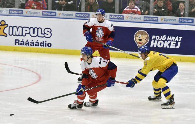 Zleva Michal Teplý, Karel Klikorka a Švéd Samuel Fagemo.