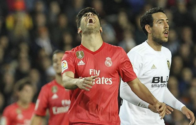 Záložník Realu Madrid Marco Asensio byl hodně zklamaný, Bílý balet prohrál ve Valencii.