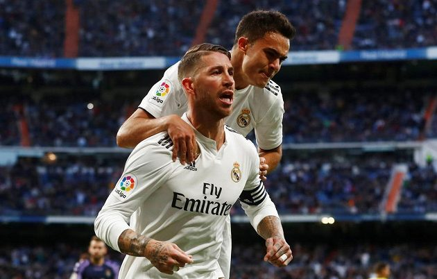 Real Madrid se po změně trenéra rozjíždí. V lize vyhrál nad Realem Valladolid 2:0, výhru jistil z penalty Sergio Ramos.