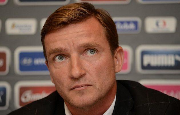 Manažer fotbalové reprezentace Vladimír Šmicer.