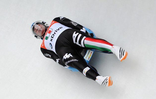 Italský sáňkař Armin Zöggeler během Světového poháru v německém Altenbergu.