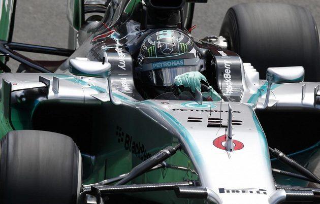 Jezdec mercedesu Nico Rosberg ve Velké ceně Brazílie.