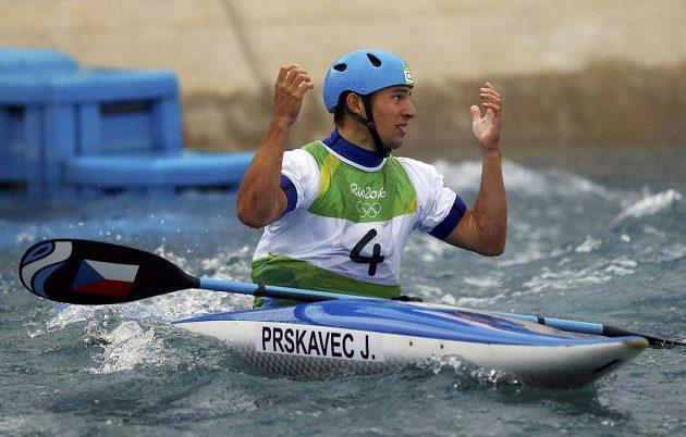 Kajakář Jiří Prskavec těsně po své finálové jizdě. V tu chvíli to vypadalo, že medaile na něj nezbude.