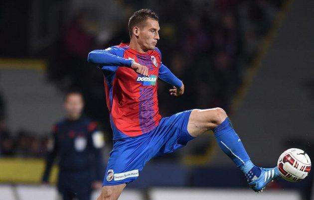 Obránce Viktorie Plzeň Lukáš Hejda během utkání se Spartou.