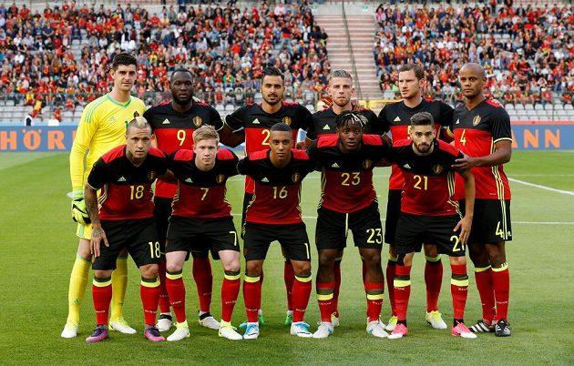 Belgický tým před zápasem s Českou republikou.