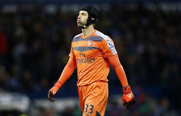 Reakce brankáře Arsenalu Petra Čecha po inkasovaném gólu na hřišti West Bromwiche.